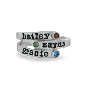 Personalized Overlapping Three Stone Ring